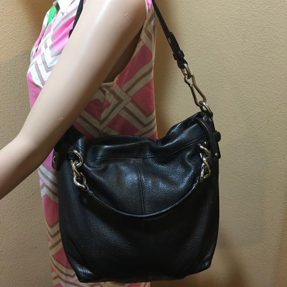 e4935d59e4 Coach shoulder and hobo handbag G1120-14142M